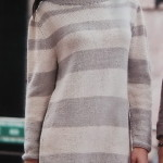 Пуловер в полоску свободного силуэта