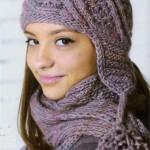 Комплект шапка и шарф связанные спицами большого размера