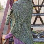 Вязаный платок спицами в стиле пэчворк
