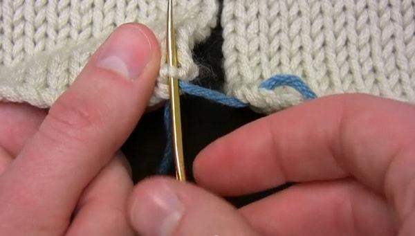 Как сшить вязаные детали иглой или крючком: 2 классных способа