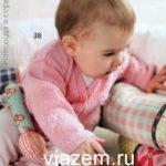 Розовая кофточка для новорожденной девочки спицами