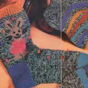 Вязаные детские носки с узорами