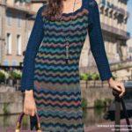 Длинное платье в стиле Миссони крючком