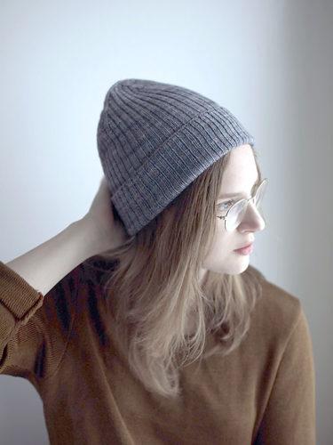 шапка бини резинкой 2 на 2 спицами