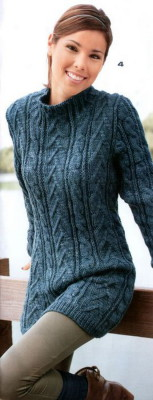 женский пуловер с косами спицами
