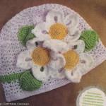 Летняя шапочка ажурная крючком вязаная для девочки