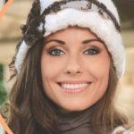 Теплая женская шляпка крючком вязаная