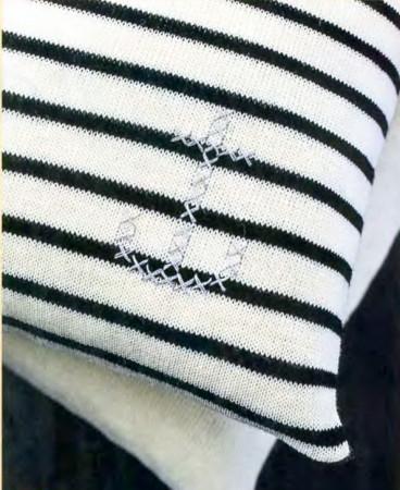 подушка вязаная, вязаная подушка спицами