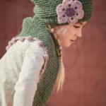 Бактус и шапка платочной вязкой спицами для девочки