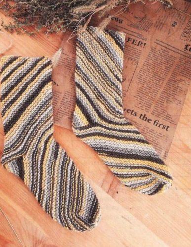 носки по спирали спицами