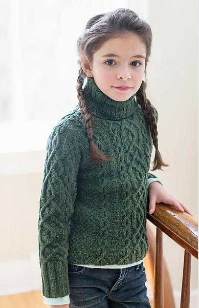 свитер для девочки спицами